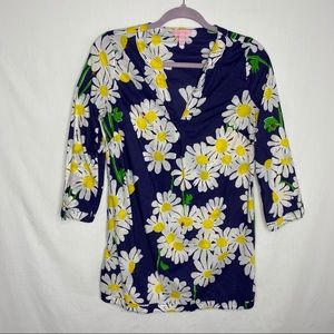 Lilly Pulitzer daisy and lady bug tunic blouse top